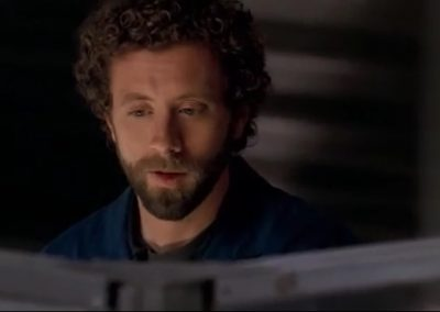 The Man in the Mansion Booth and Hodgins