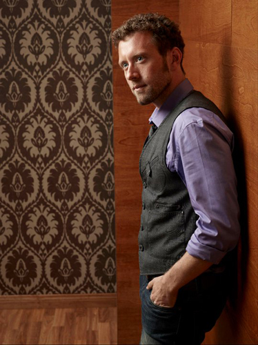 TJ-Thyne-Purple-shirt-grey-suit-brown-wallpaper-photo15
