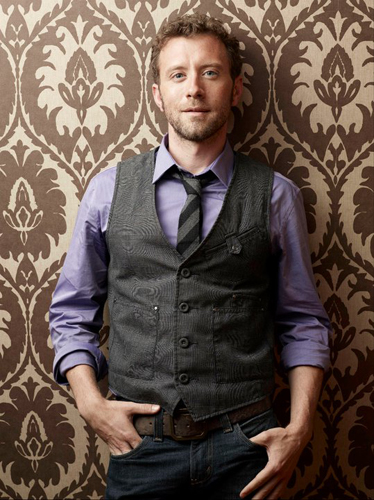 TJ-Thyne-Purple-shirt-grey-suit-brown-wallpaper-photo16