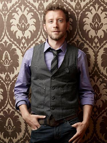 TJ-Thyne-Purple-shirt-grey-suit-brown-wallpaper-photo16